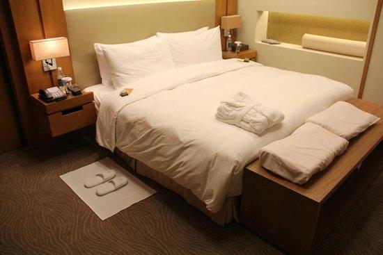 Millennium Hotel Taichung: 市政套房開夜床後