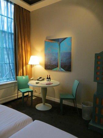 Hotel Orlando: Cozy dining area