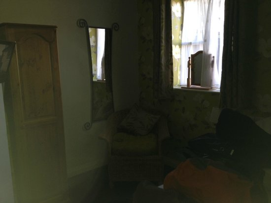 Great Western Arms: bedroom 2