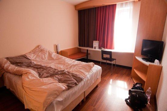 Ibis Bratislava Centrum : Room