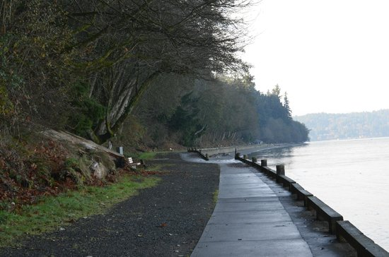 Point Defiance Park : Waterfront trail to Owen Beach