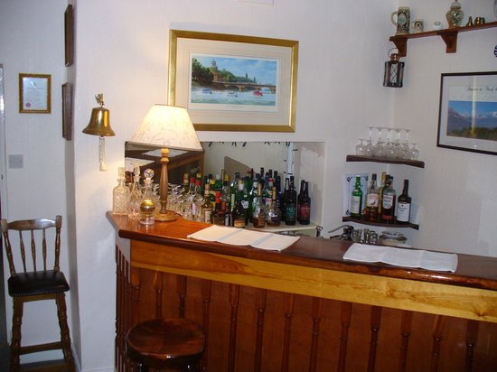 Grove Lodge Country House: Bar