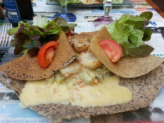 La Gourmandine : crêpes St jacques aux poireaux