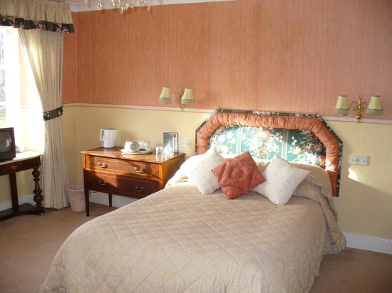 Grove Lodge Country House: Bedroom