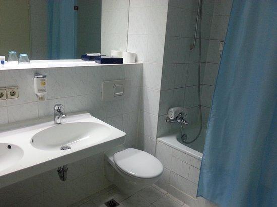 Hotel Regent: El baño
