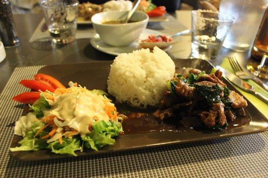 Cuisine Beige Sol Gris : Restaurant du Lavoir  Porc sauté et liserons deau