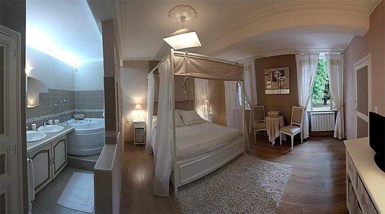 Chateau Du Vergnet : Suite  Romantique