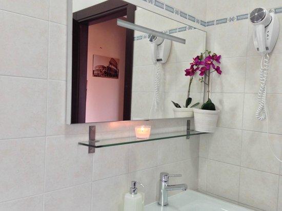 Abeona Domus : bathroom