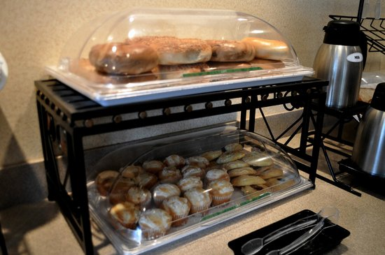 The Inn At Lenox View: Breakfast Items