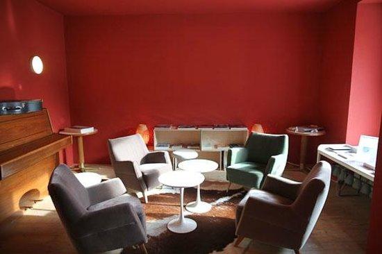 Hotel Miramonte: Bibliothek