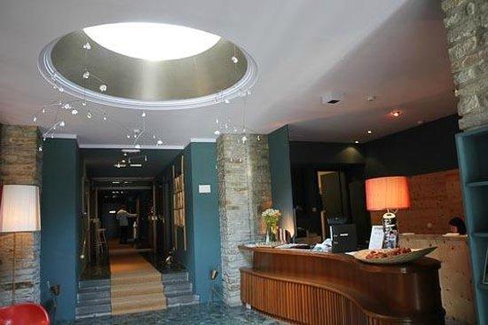Hotel Miramonte: Lobby
