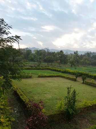 Ranakpur Hill Resort: View from the roof