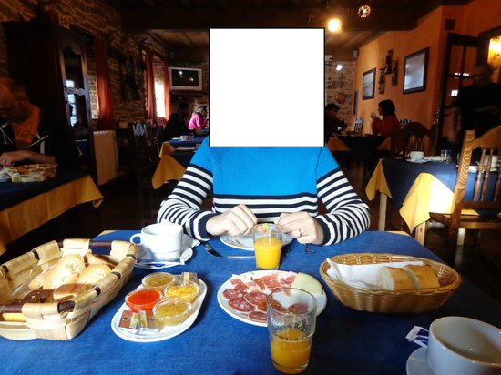 Hotel Rural Casa la Juana: Petit déjeuner bien copieux!!