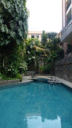 Grand Hotel Guayaquil: Pool des Grand Hotels