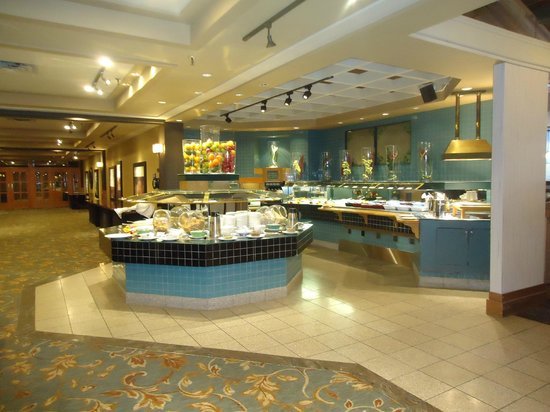 Chinook Family Restaurant : Breakfast Buffet with lots of items