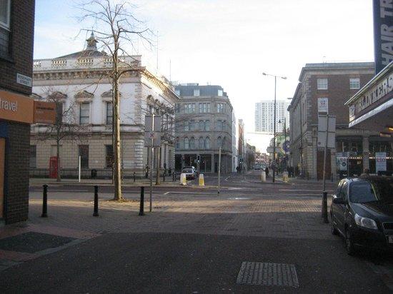 Premier Inn Belfast City Cathedral Quarter Hotel: From Rosemary St