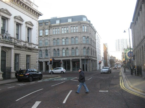 Premier Inn Belfast City Cathedral Quarter Hotel: Top of Waring St