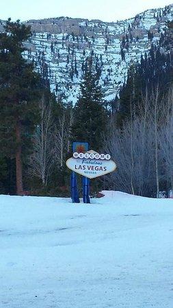 Lee Canyon Resort: Base of slopes