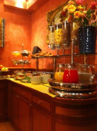 Hotel Raffaello: Завтрак