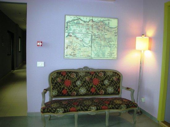 L'Hôtel de mon Père : Reception floor
