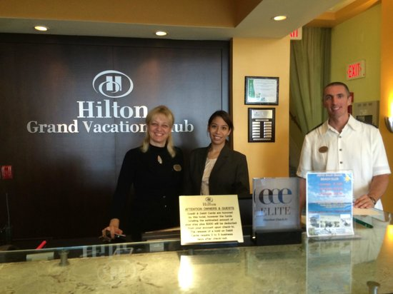 Hilton Grand Vacations at McAlpin-Ocean Plaza: Front Desk Staff & Manager - GREAT TEAM!