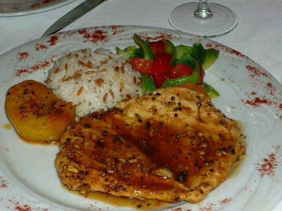 Istanbul Enjoyer Cafe & Restaurant: uno de sus platos (pechuga de pollo)