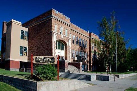 Rhojo's: Escuela primaria Burns
