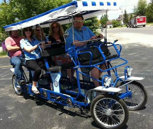 Oasis By The Bay Vacation Resort: Bike tours at motel
