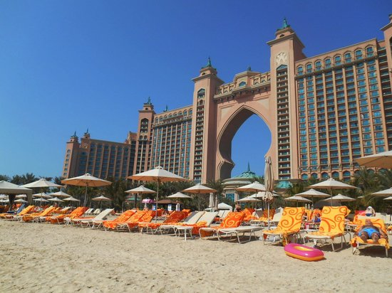 Atlantis, The Palm : The beach - our room is almost at the top right