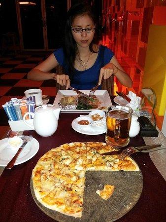 Colors Restaurant, In Novotel Balikpapan