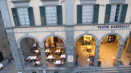 Cortona Suite : Vista para a piazza signorelli