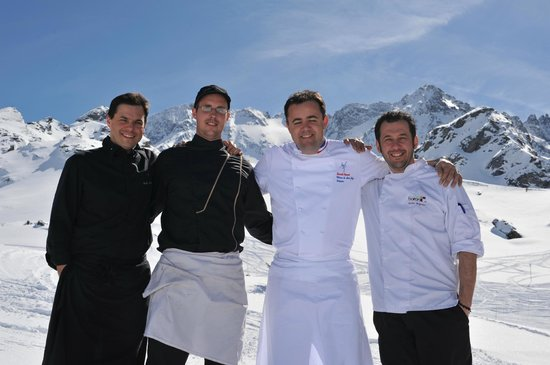 Chalet de la Marine : Best kitchen team