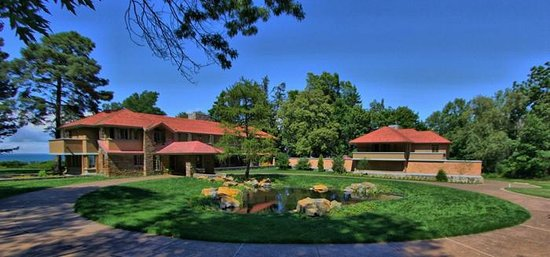 Frank Lloyd Wright's Graycliff: Graycliff Circle