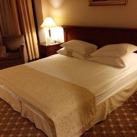 Ankara Hotel Midi : The bed