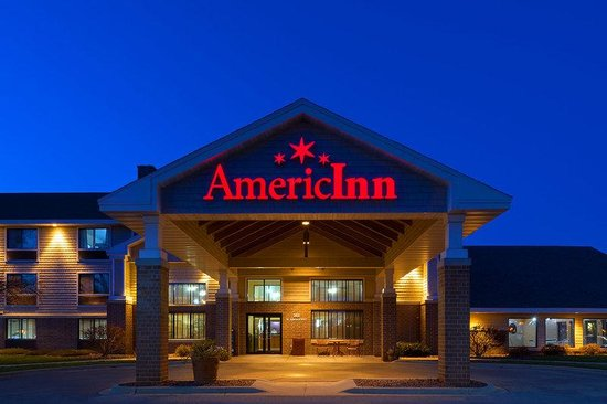AmericInn Lodge & Suites Madison South: Exterior