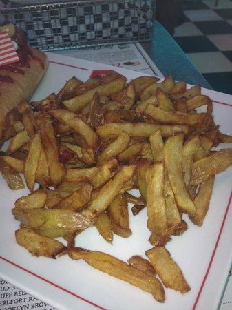 Little Rock Diner : Little rock discusting Fries.shame,shame,shame