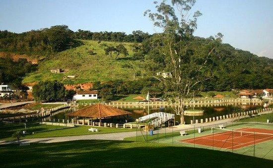 Hotel Fazenda Hipica Atibaia: area muito grande e com varias atraçoes