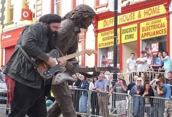 Renowned Guitarist ... Johnny Gallagher (Ireland) performing at Rory Gallagher Statue in Ballysh