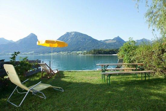 Pension Hupfmuhle: eigener Badeplatz am Wolfgangsee