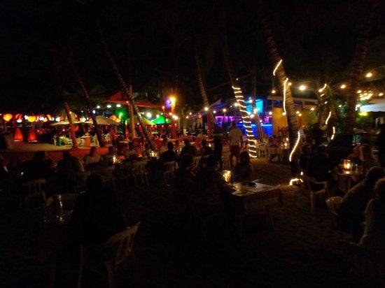 La Casita De Papi: Cabarete Beach at night