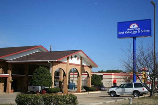 Americas Best Value Inn and Suites Stockbridge/Atlanta: Exterior View