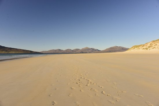 Lewis and Harris, UK: Luskintyre beach tooling towards North Harris hills