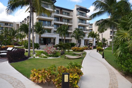 Dreams Riviera Cancun Resort & Spa: Hotel Grounds