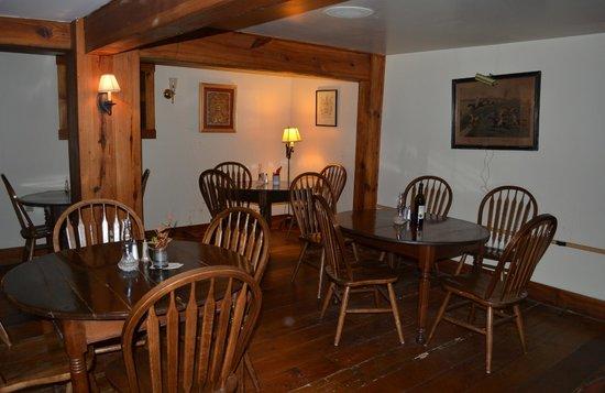 Wayside Inn: Back Dining Room