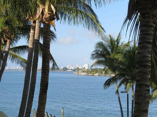 Best Western On The Bay Inn & Marina : Vue de la terrasse