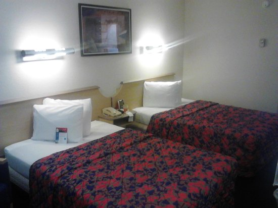 Red Roof Inn Dallas - DFW Airport North: My Room $49.00 At The Front Desk $59.00 Online!