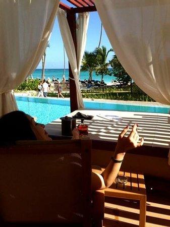 Grand Palladium Bavaro Suites Resort & Spa : relax en la piscina de l habitación