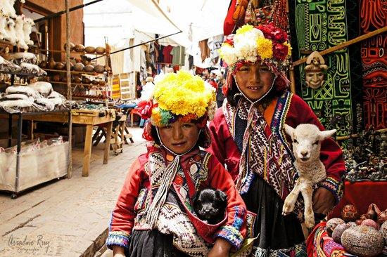 Pisac: Crianças do Mercado