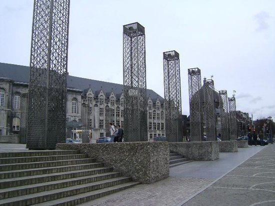 Place St. Lambert: Plaza San Lamberto, Lieja, Bélgica.