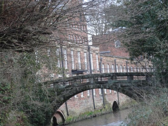 Quarry Bank Mill : looking from the garden